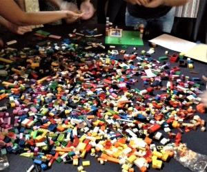 Team Building - Crazy For Team - Lego Building